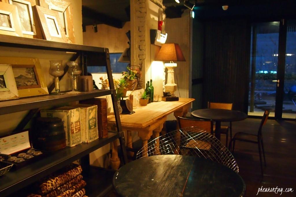 Ando Cafe at Night